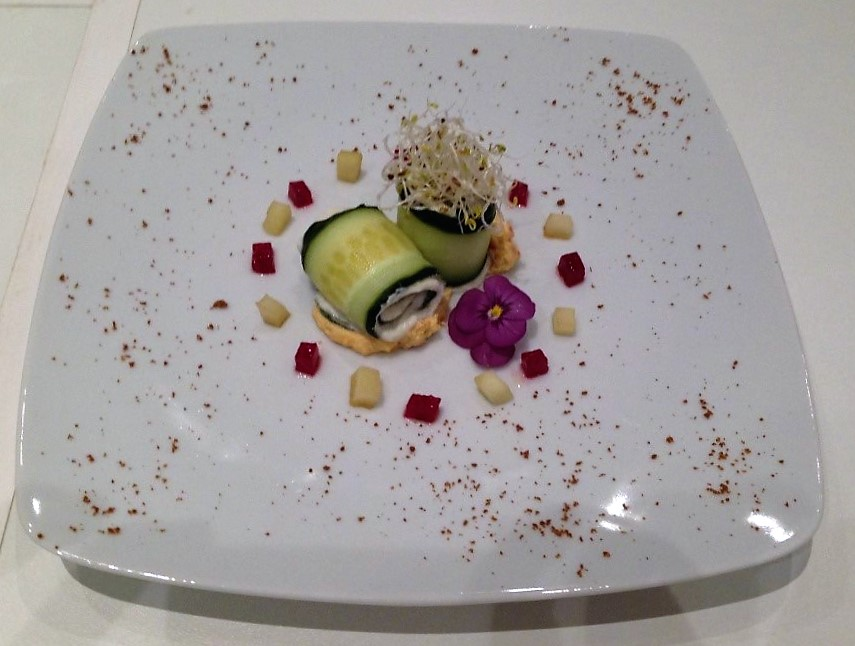 cucumber-roll-image